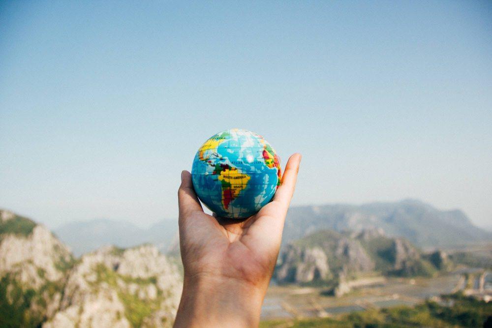 write get featured globe