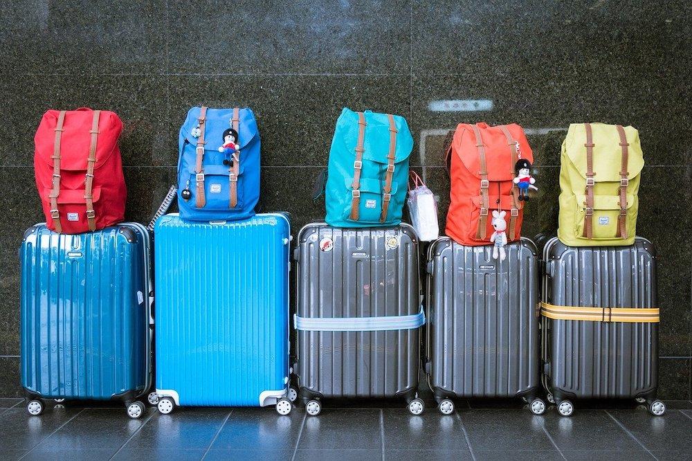 cruise ship gadgets jn luggage to bring